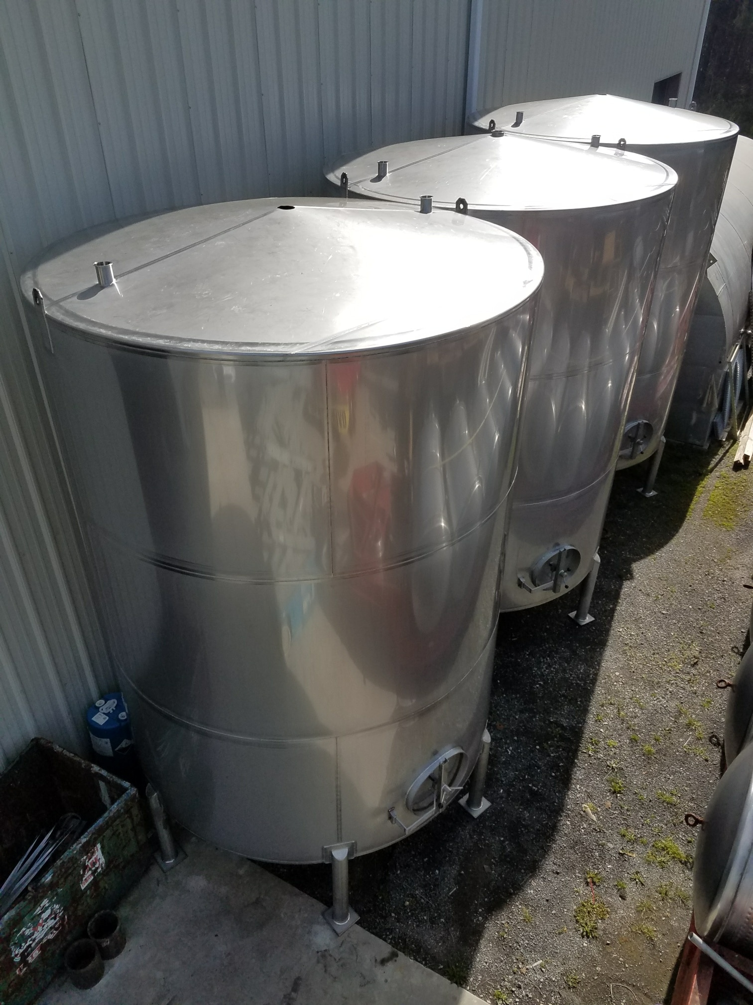 6500-Gallon-Stainless-Steel-Tanks-4