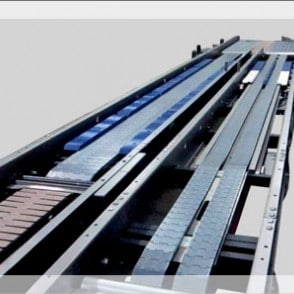 Arrowhead Case Conveyor